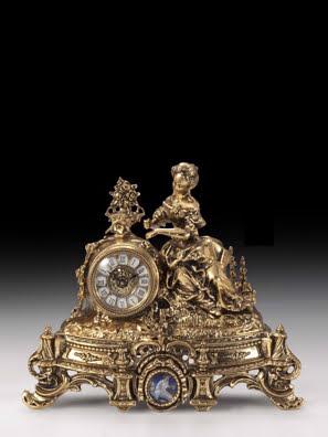 Tượng thiếu nữ bằng đồng Camafeo và chiếc đồng hồ để bàn Virtus-5432