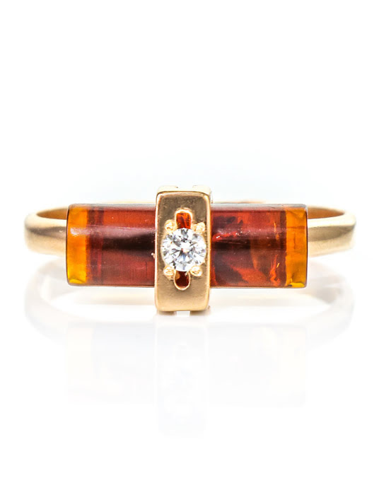 Nhẫn trang sức Amber Jewelry bằng bạc 22K đính đá phổ phách (Amber) kim cương nhân tạo Fianit phủ vàng - 610012217