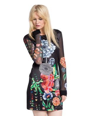 Đầm dài tay in hoa Desigual Regina - 67V28A32000