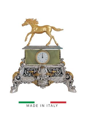 Vật trang trí hình đồng hồ tự do xanh với ngựa vàng bằng bột đá Goldline Italia - 16613G-MS/ONV