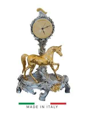 Vật trang trí hình đồng hồ tự do xanh với ngựa vàng bằng bột đá Goldline Italia - 16622G-MS