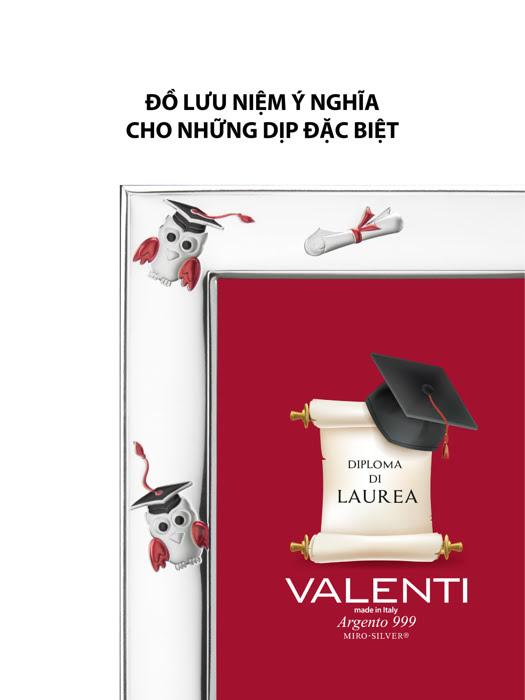 Khung ảnh tốt nghiệp hình cú,kích thước 13x18 mạ bạc hiệu VALENTI  - 510484L