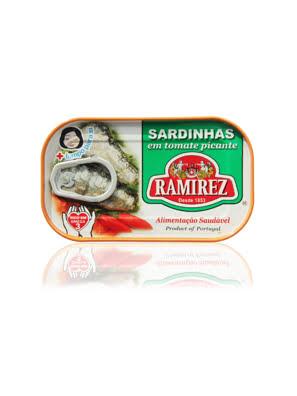 Cá mòi xốt cà vị cay Ramirez 125g