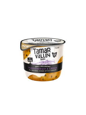 Sữa chua kiểu Hy Lạp vị kem chanh dây Tamar Valley 170g